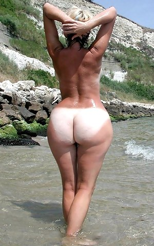 Tanned Big Ass Porn Pictures